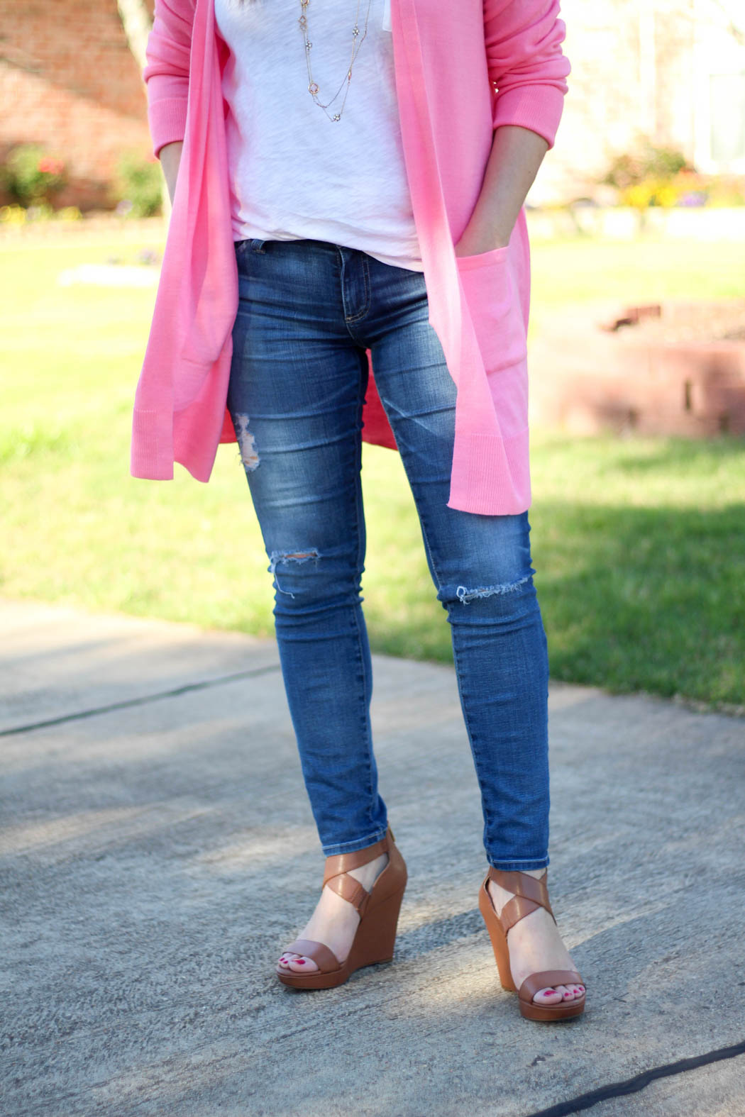 Pink-boyfriend-cardi-Luggage-wedges-2