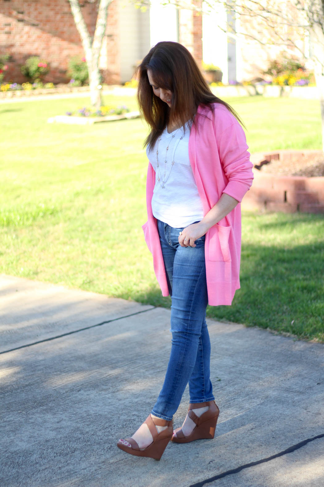Pink-boyfriend-cardi-Luggage-wedges-9